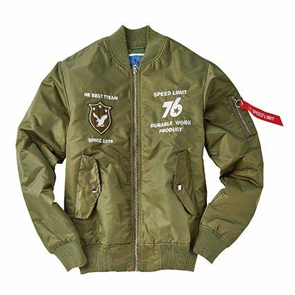 SPEED 76 LIMIT保暖飛行外套。 新光三越桃園站前店/提供