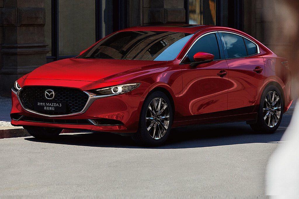 全新第四代Mazda 3在中國當地生產上市,車型不僅相當廣泛,入門版更只要台幣5...