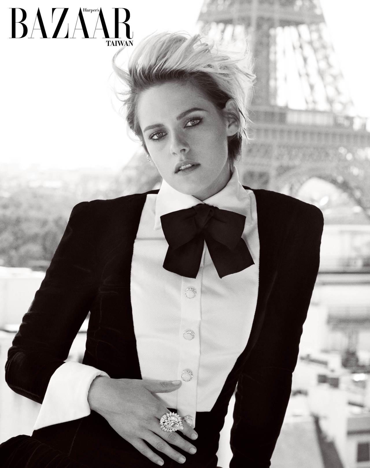 絲質洋裝, Chanel Haute Couture, 鑽石耳環, Chanel...