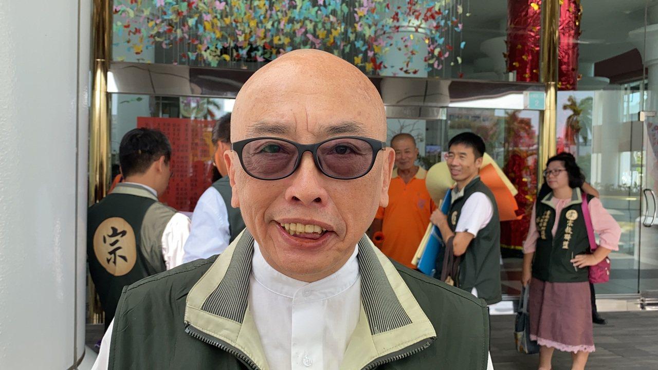 宗教聯盟台南市黨部主委蘇志仁為前總統府辦公室主任蘇志誠的胞弟,20年前涉案遭通緝...