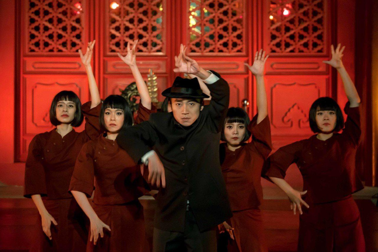 雞屎藤舞蹈劇場《大井頭、赤崁記》劇照。圖/文化局提供