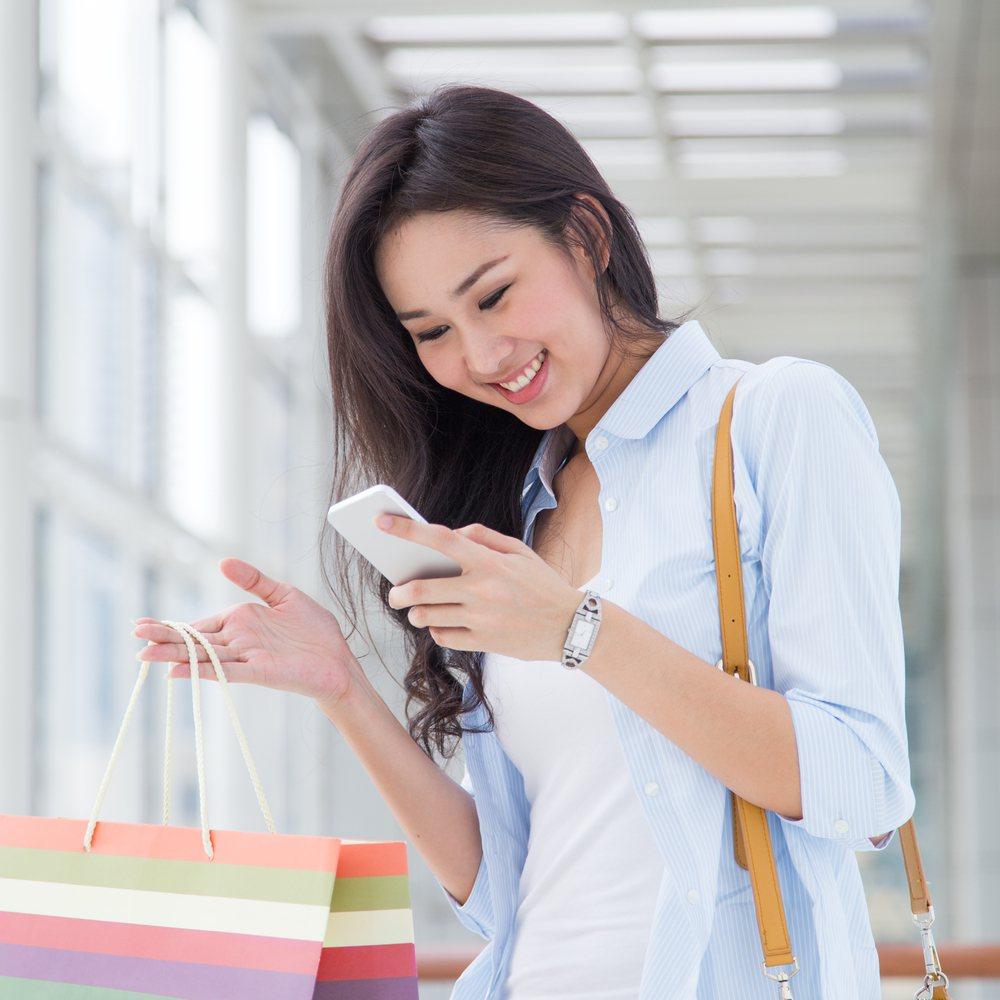 台灣之星全新「全國電子指定商品任你選」專案,於虛實通路訂商品,就可至全國電子門市...
