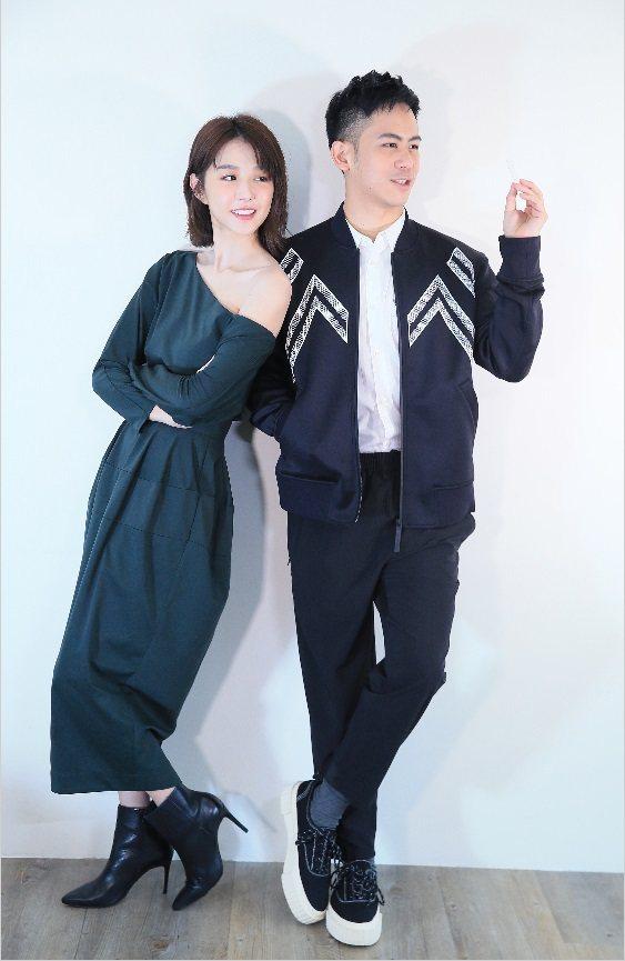 邵雨薇與李淳近來忙著為「陪你很久很久」做宣傳。記者潘俊宏/攝影