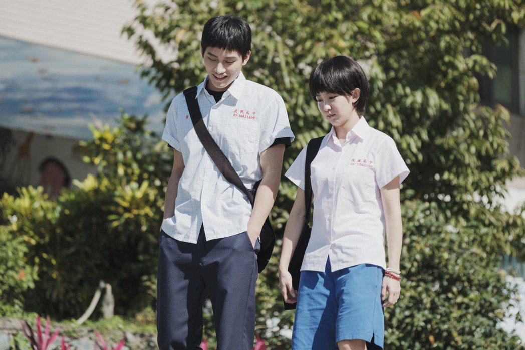 郭書瑤(右)、范少勳主演「通靈少女2」。圖/HBO Asia提供