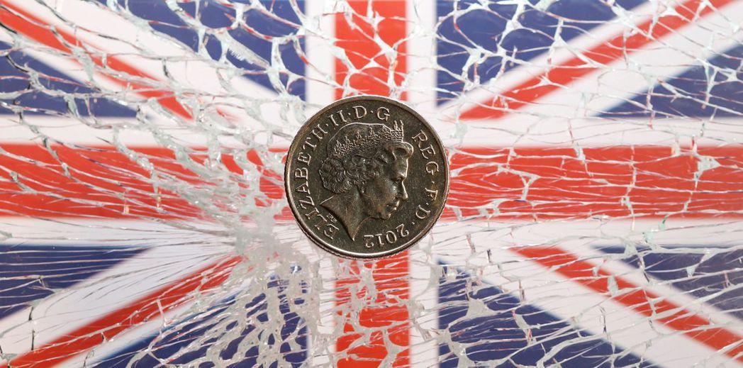 英鎊究竟會升破1.3美元或貶破1.2美元,端視英國脫歐協議能否過關,使無協議脫歐...