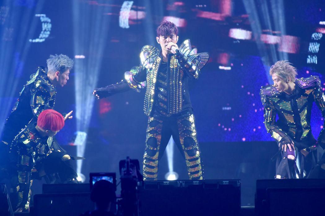 周董全新巡演「嘉年華」首站今晚於上海登場。圖/杰威爾提供