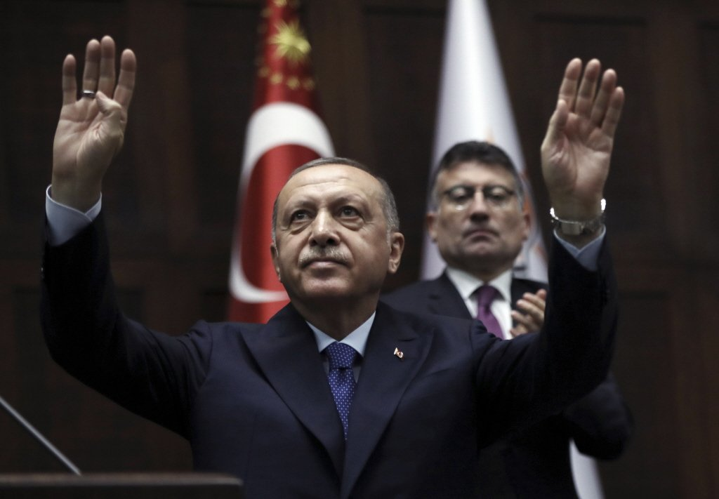 美國副總統彭斯在安卡拉與土耳其總統艾爾段(圖)會談後宣布土方同意停火。美聯社