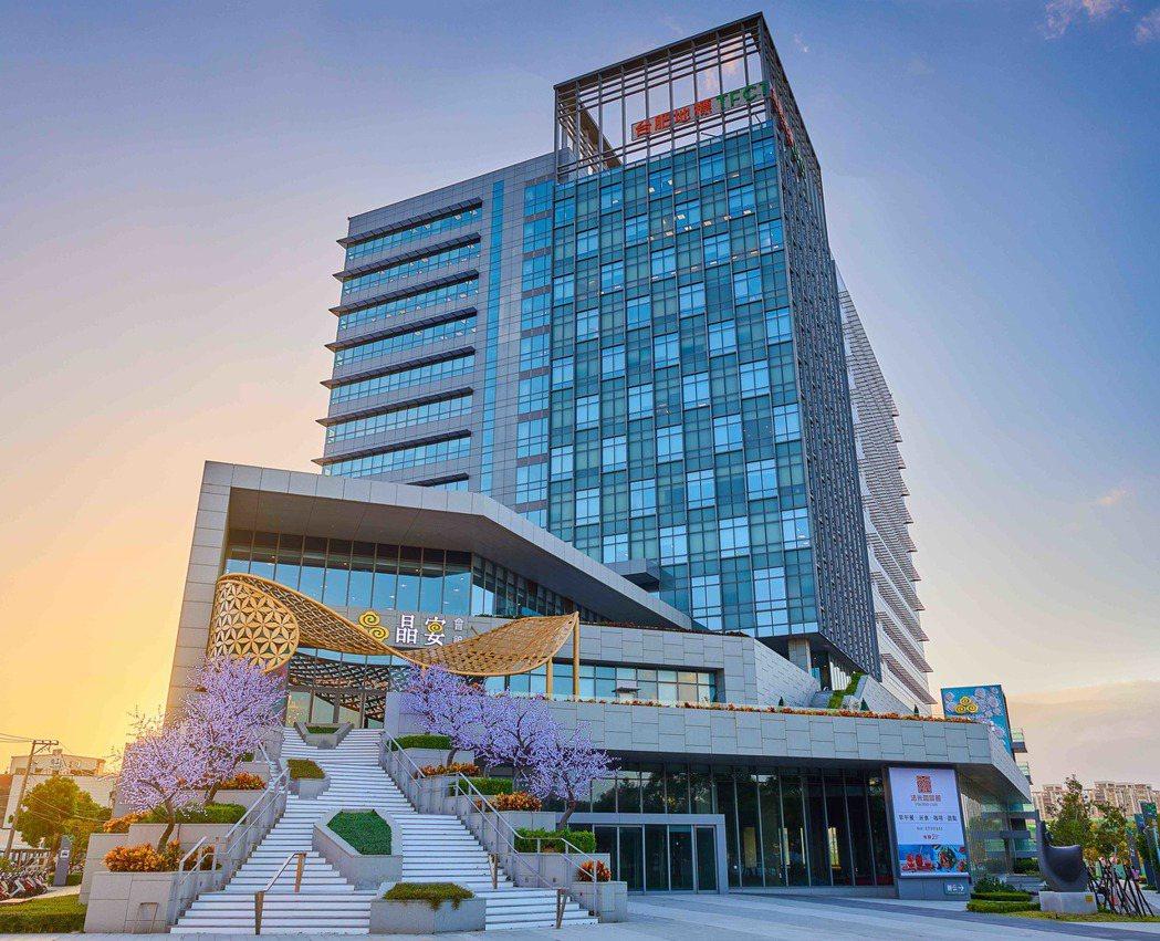 晶宴會館在新竹推出晶宴會館第九間旗艦館—御豐館。晶宴會館/提供