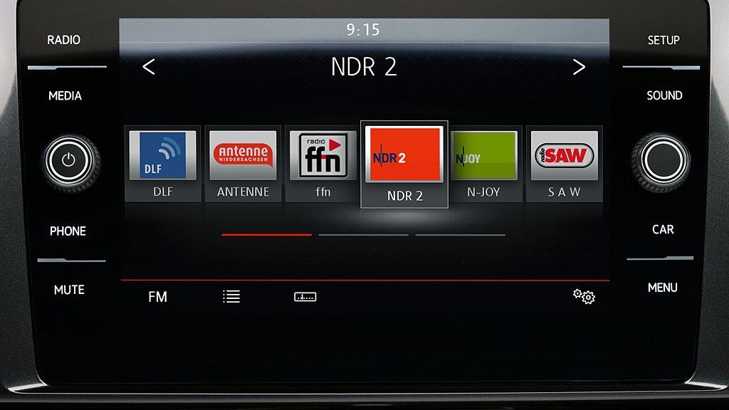 福斯Golf全車系將Composition Media 8吋多媒體鏡面觸控主機列...