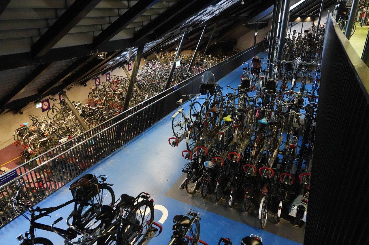 Utrecht擁有荷蘭最大的腳踏車停車場。記者葉信菉/攝影