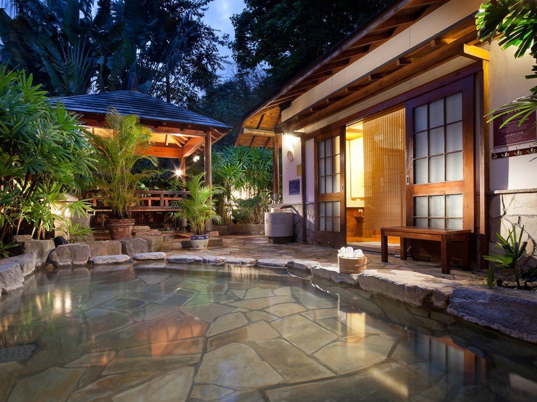 知本老爺星月風呂,徜徉在森林裡。圖/易遊網提供