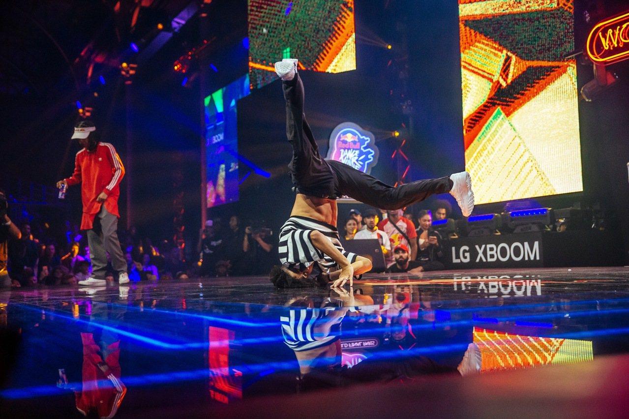 決賽由Shinshan對決Angyil。圖/Red Bull提供