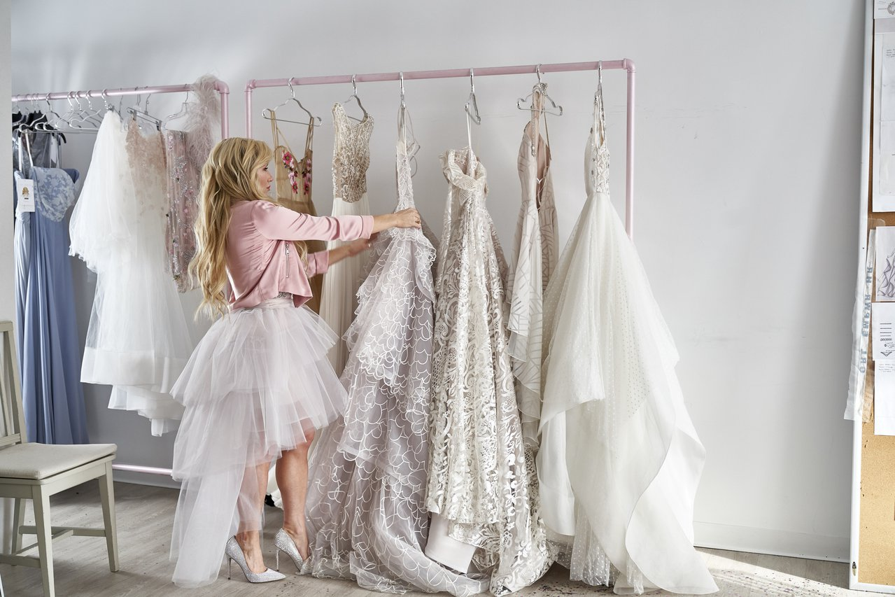 婚紗天后Hayley Paige以婚紗設計的概念融入HEARTS ON FIRE...