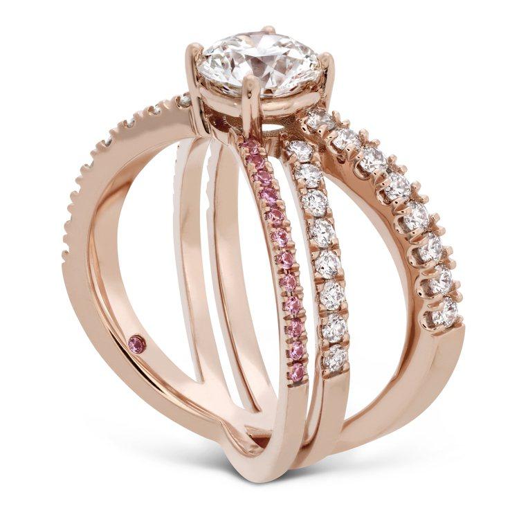 HARLEY WRAP戒指,玫瑰金、鑽石、粉紅剛玉,售價15萬9,000元起。圖...