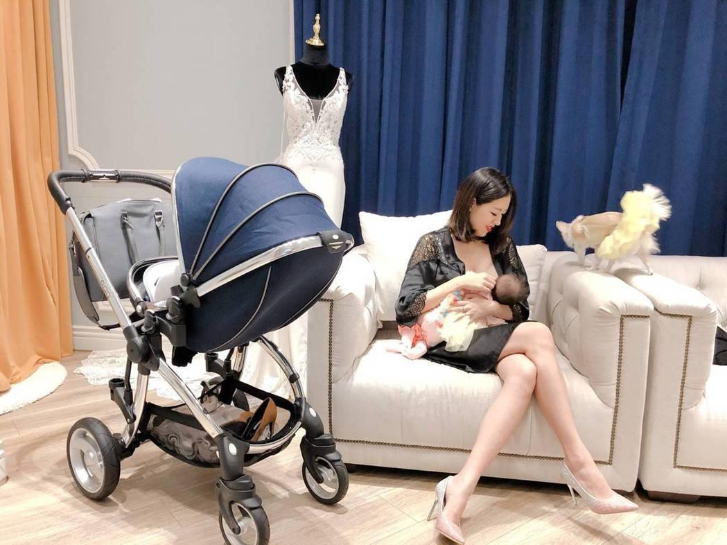 劉伊心親自餵母奶。圖/CGM基督教福音宣教會提供