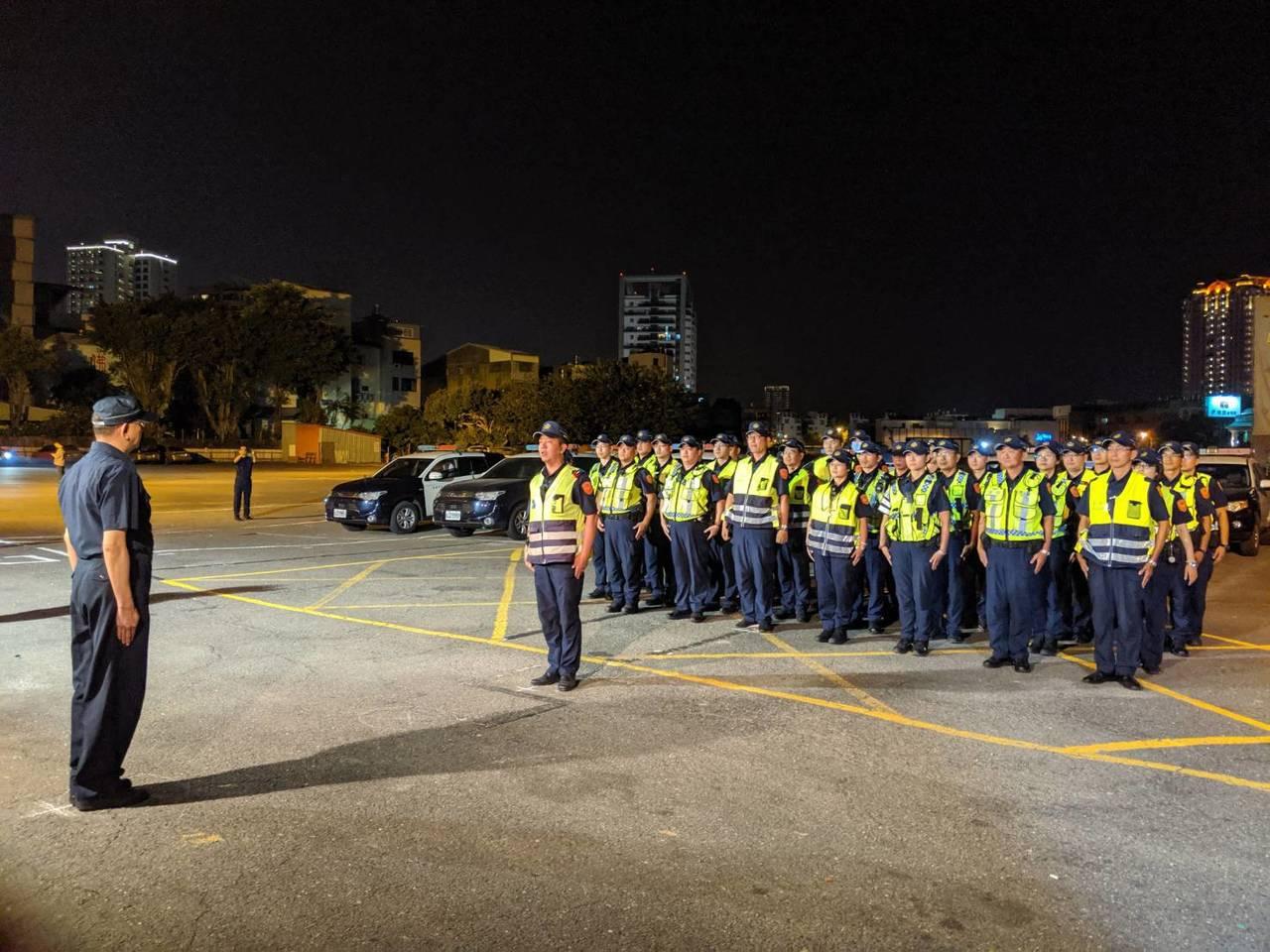 二分局表示,為保障民眾交通安全,將加強取締酒後駕車行為,除規畫專案勤務路檢攔檢盤...