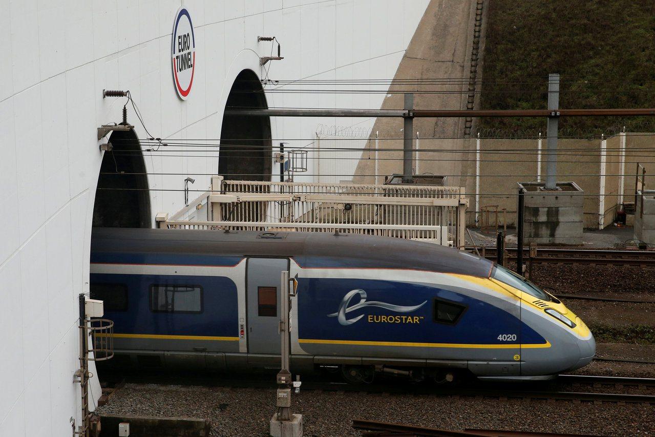 愈來愈多旅客選擇搭乘火車,歐洲之星今年8月輸運人次創下單月紀錄。路透