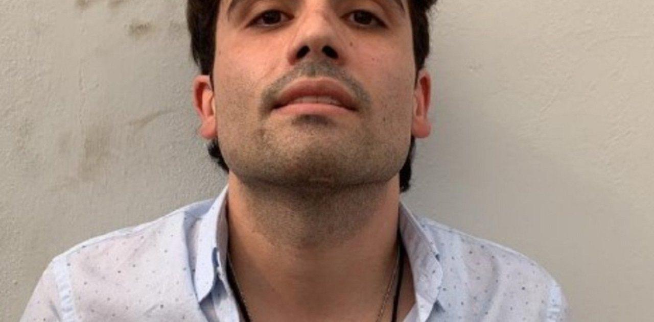 據稱是17日一度被墨西哥軍警抓到的大毒梟「矮子」古茲曼之子歐維迪歐大頭照。錫納羅...