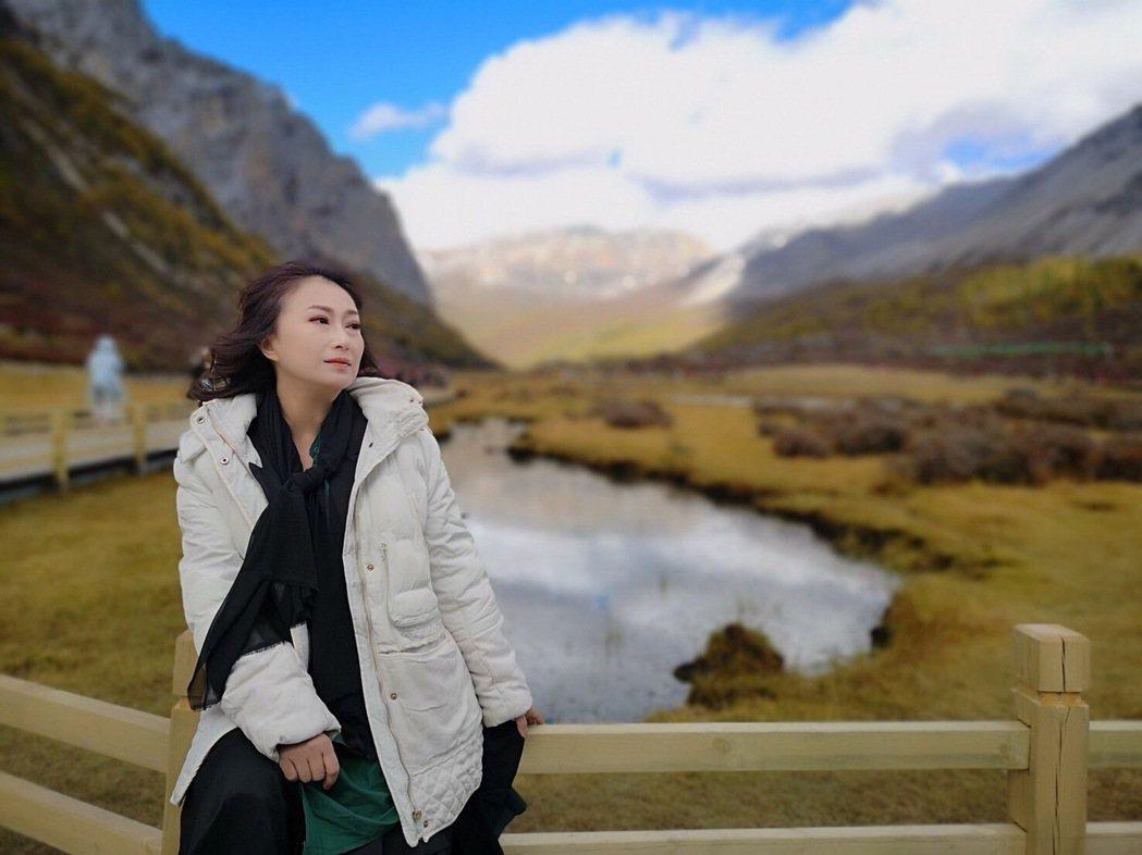 王瑞霞將推出新專輯「霞姐直播中」。圖/米樂士娛樂提供
