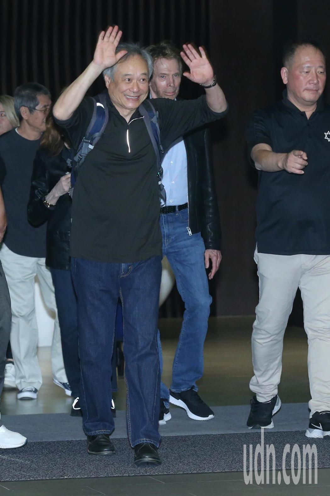 李安、製片傑瑞布魯克海默特地提前2日,18日晚間返台為新片「雙子殺手」宣傳。記者