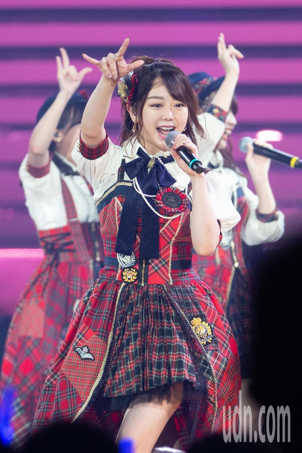 日本女團AKB48今晚在台北小巨蛋舉行台北演唱會,AKB48成員峯岸南。記者季相...