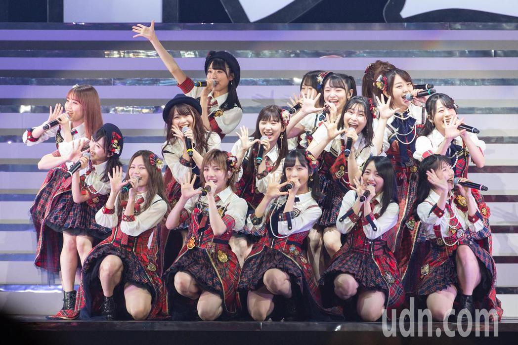 日本女團AKB48今晚在台北小巨蛋舉行台北演唱會。記者季相儒/攝影