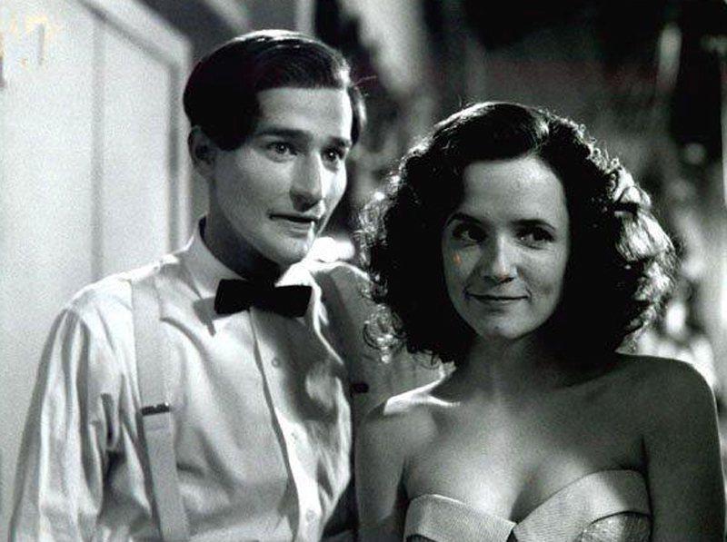 「回到未來第2集」裡莉亞湯普遜的丈夫換別人演,並非首集的演員。圖/摘自imdb