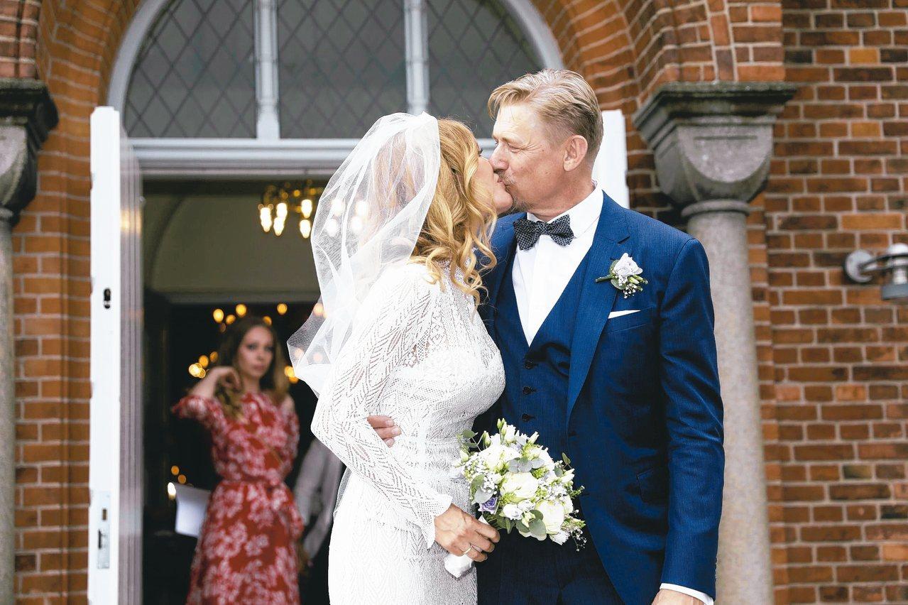 結婚是一大喜事,卻有不少人在婚後旋即陷入憂傷。 美聯社