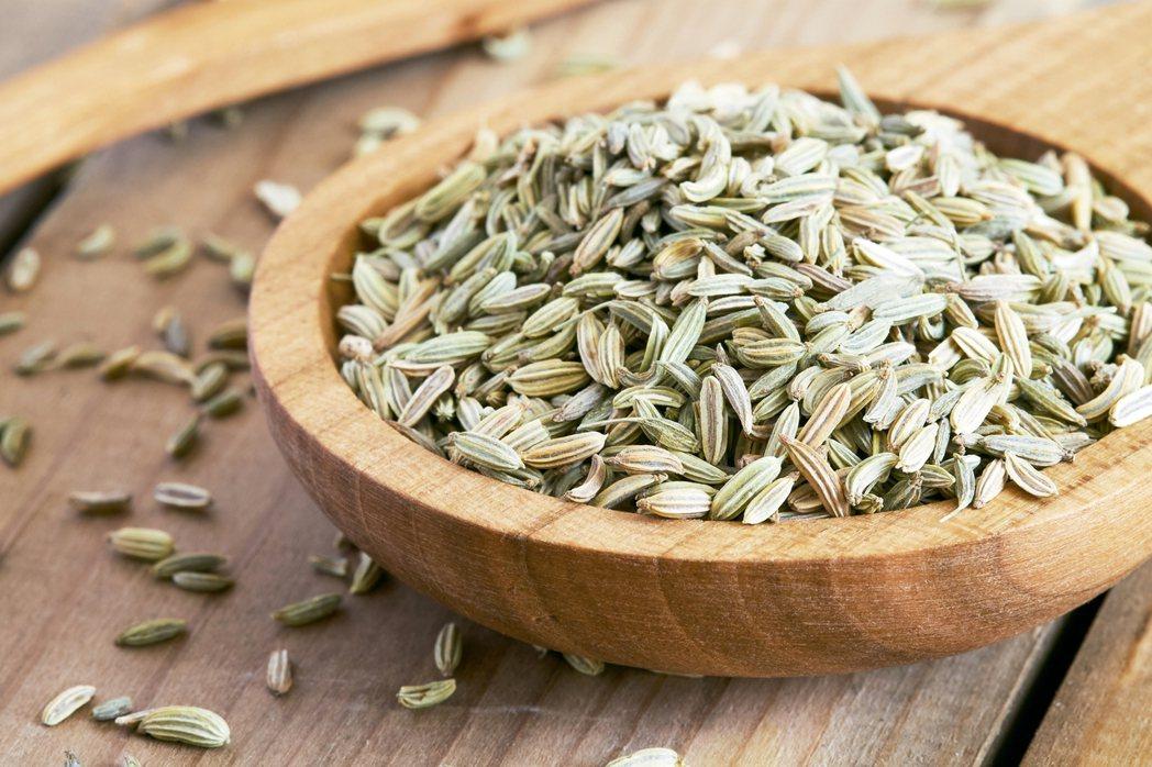 茴香籽含有刺激消化和釋放氣體的化合物。
