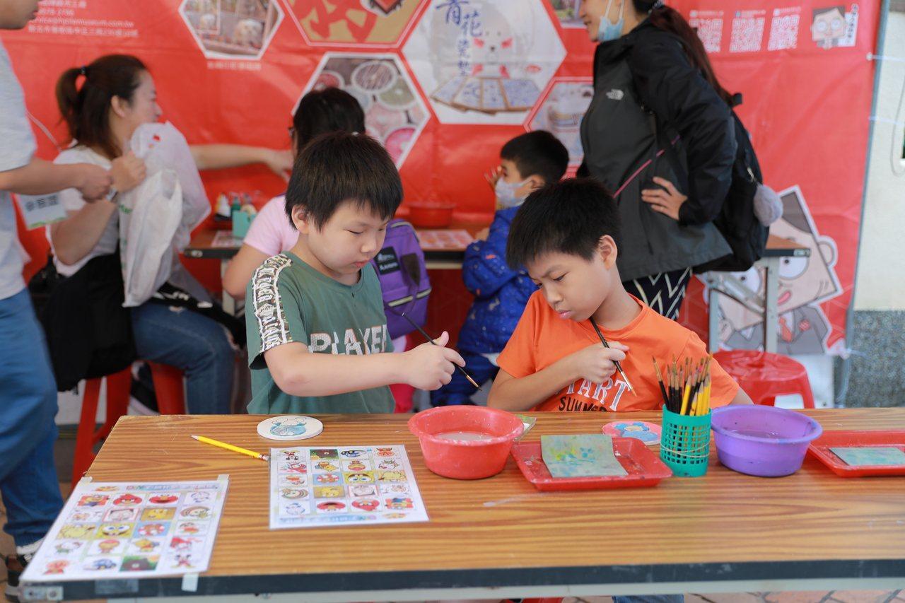 2019鶯歌親子陶瓷嘉年華,主打親子活動。 圖/新北市經發局提供