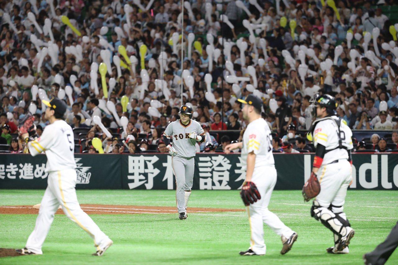 軟銀再以6:3再擒巨人,日本一取得主場2連勝。 截圖自巨人官方推特