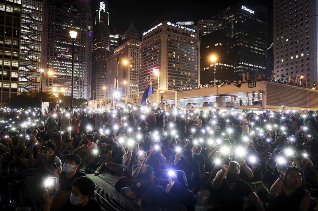 香港民間人權陣線就20日在九龍尖沙咀舉行的「反送中」遊行進行上訴遭駁回,民陣副召...
