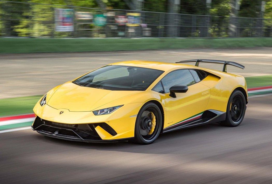 Lamborghini Huracan Performante。 摘自Lambo...