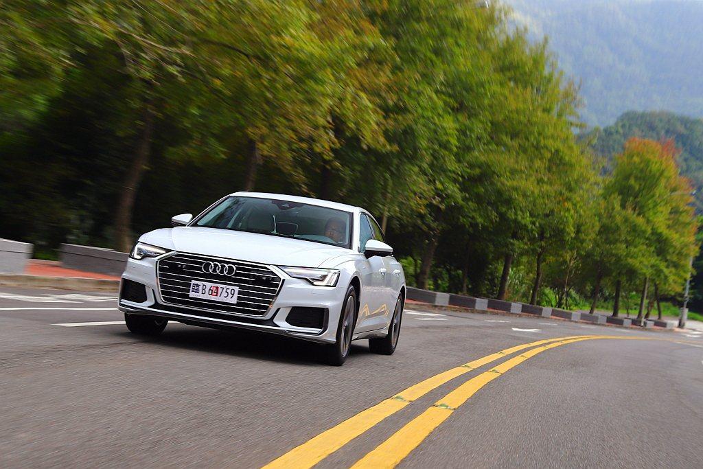 全新Audi A6車系正式在台灣發表後,也緊接著進行媒體試駕。 記者張振群/攝影