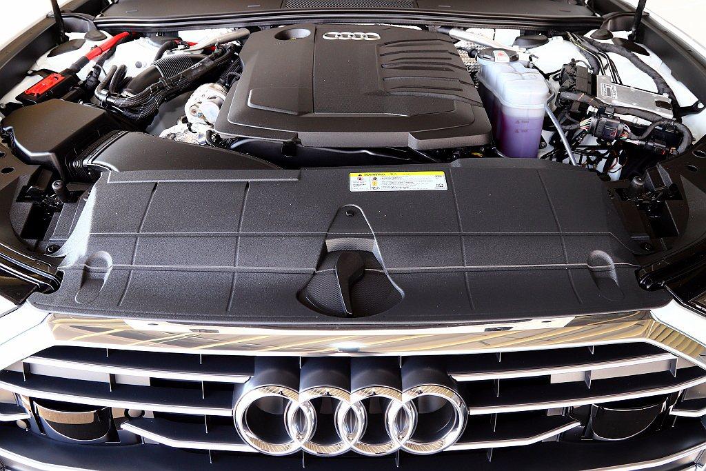 新世代Audi A6搭載的2.0L TDI渦輪柴油引擎,最大馬力上揚至204hp...