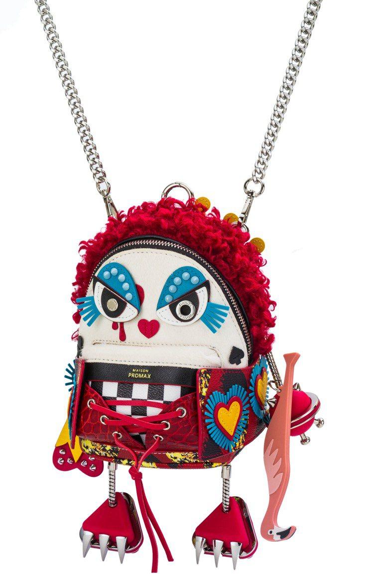「紅心皇后」其中一眼可拆下來變成愛心圖樣,手拿紅鶴球棍,售價19,400元。圖/...