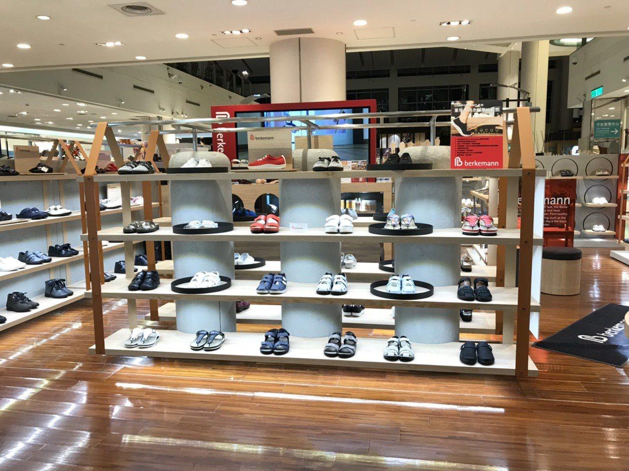 德國健康鞋今年首度引進台灣,並第一次加入百貨公司周年慶戰局。圖/Berkeman...