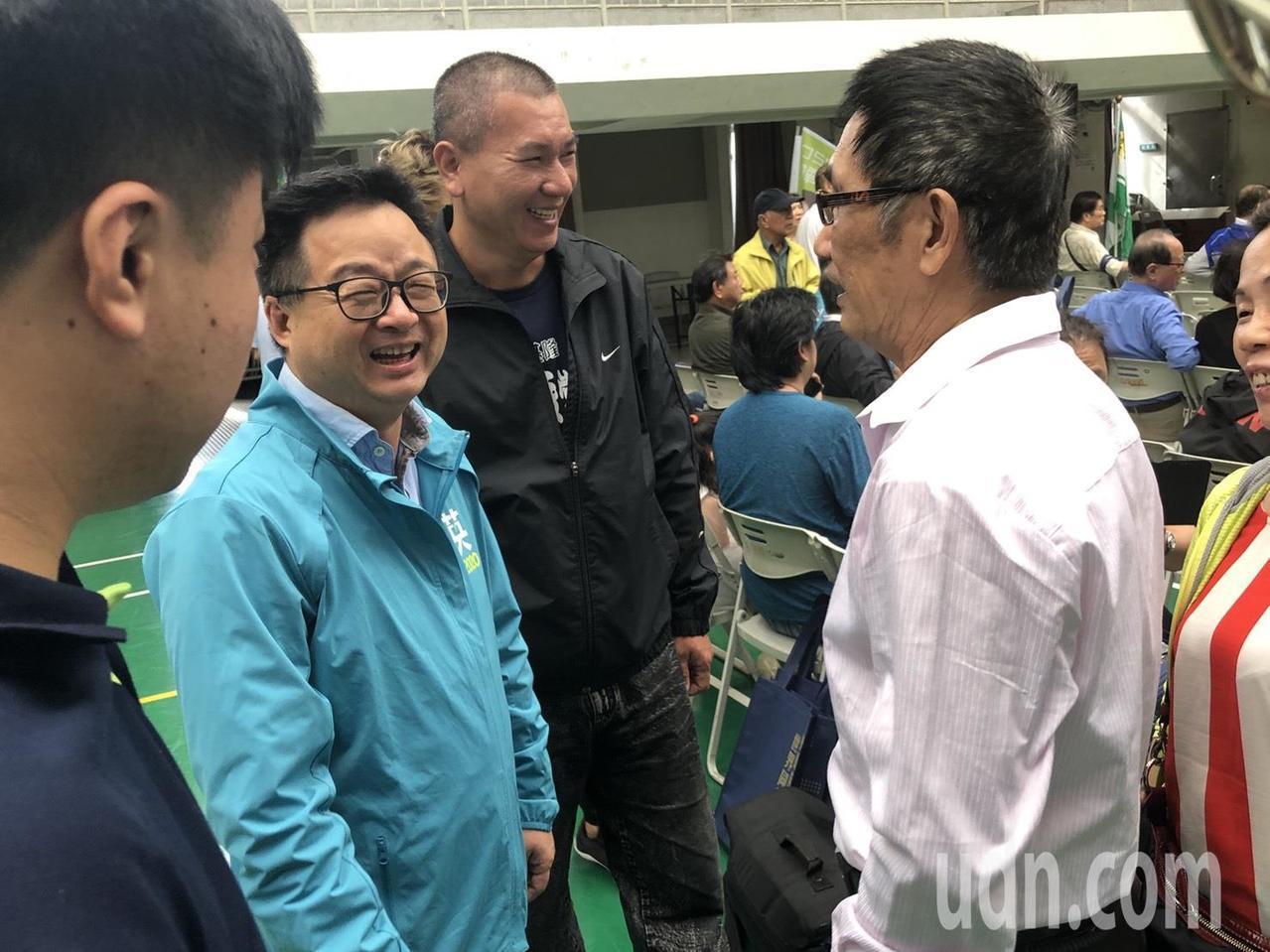 民進黨秘書長羅文嘉今天下午出席台北市立委參選人聯合造勢活動,會前受訪時表示,選舉...