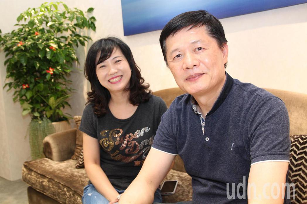 在珠寶界具有名氣的彭武瑜(右)明將進駐台中市長榮桂冠酒店,開設「瑜豐珠寶設計」公...