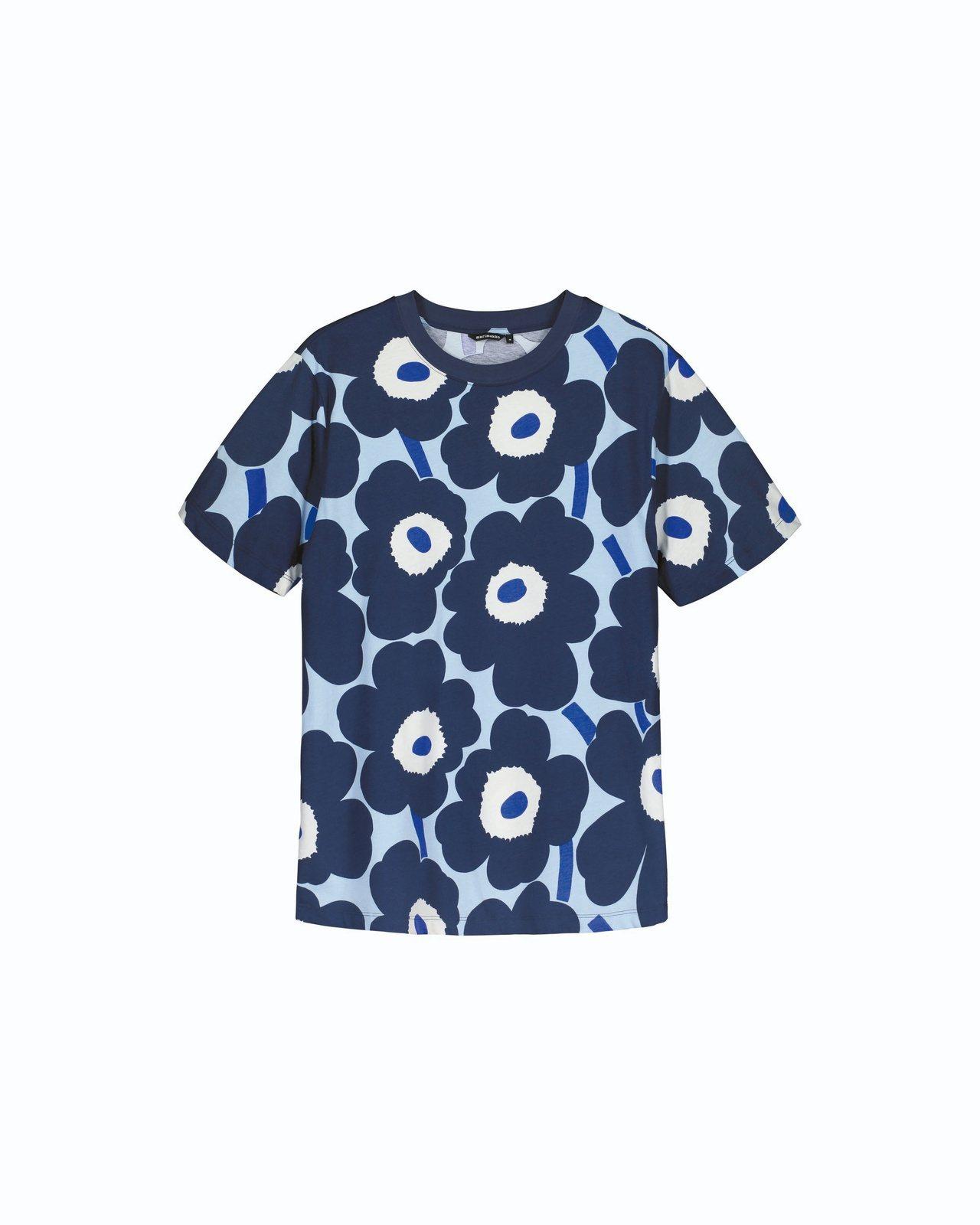 Unikko印花T-shirt(藍),4,590元。圖/Marimekko提供
