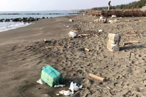 韓國瑜想淨灘垃圾卻被撿光 原來是這群人做的