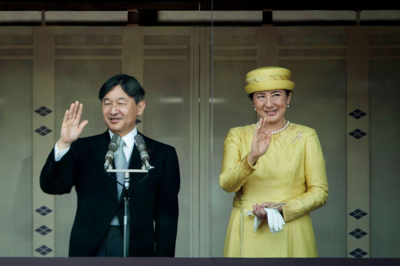 日皇德仁(左)將於廿二日舉行登基儀式,屆時會有多國政要前來觀禮。圖為德仁今年五月...
