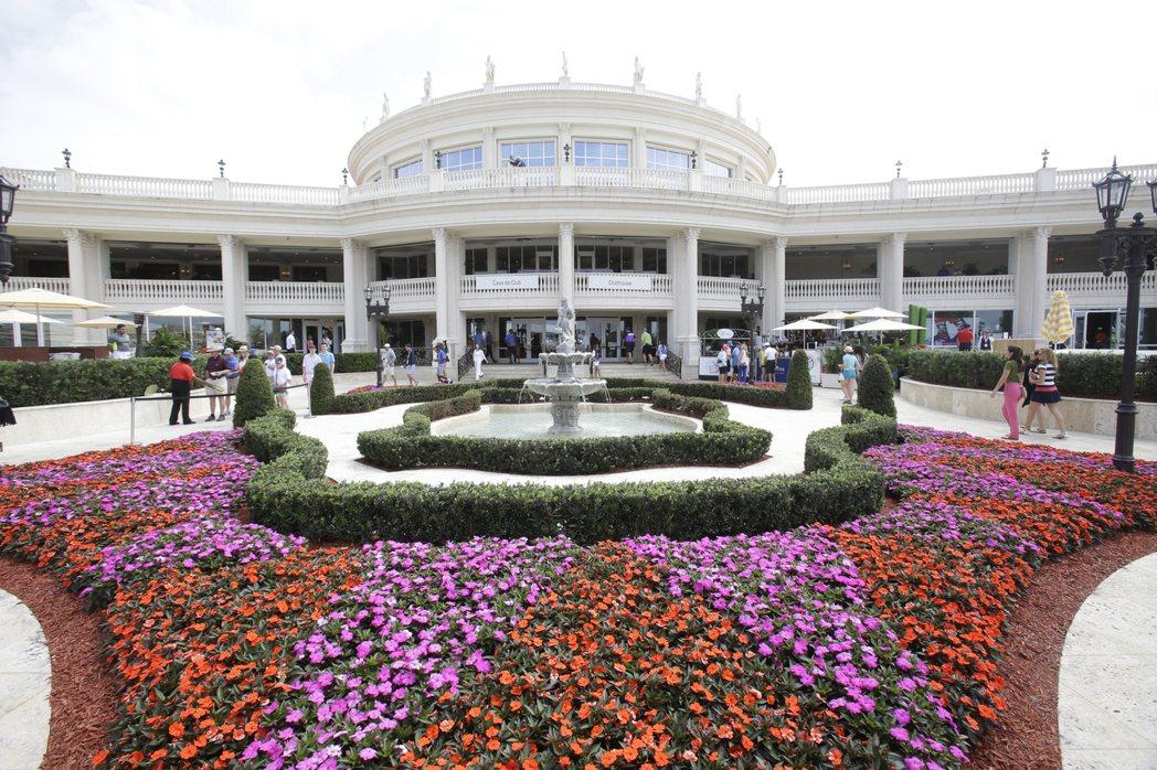 白宮原訂在總統川普位於邁阿密的多羅高爾夫俱樂部舉行明年的G7峰會,引發外界質疑川...