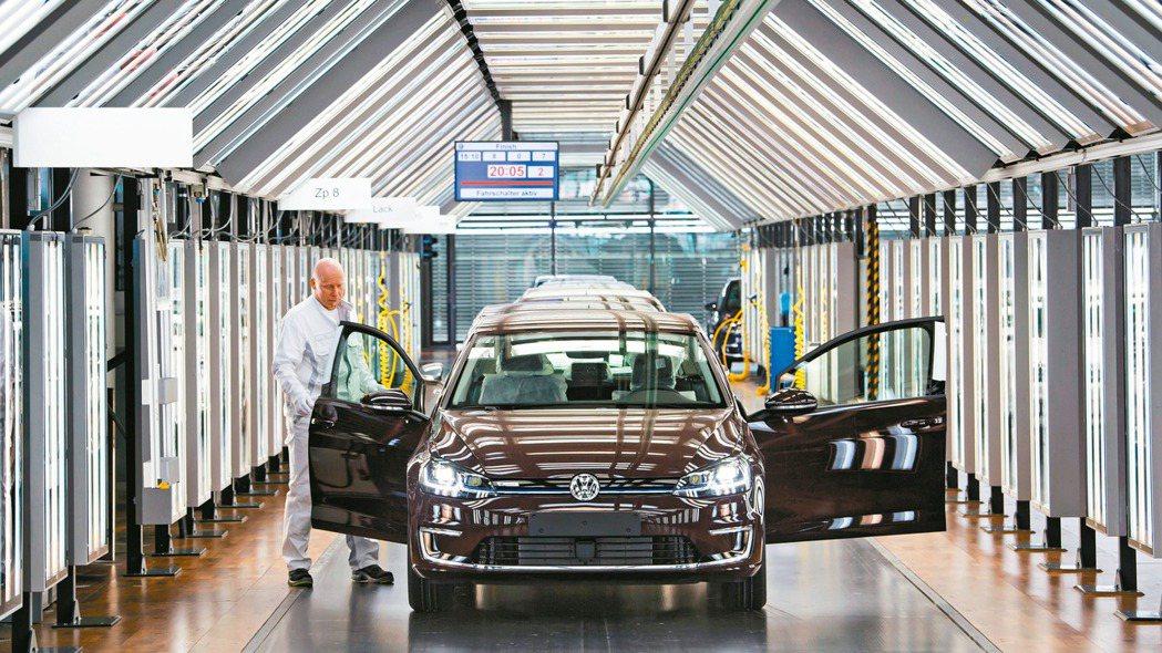 幾個月之前,福斯汽車(Volkswagen)把德國茲威考(Zwickau)廠區一...