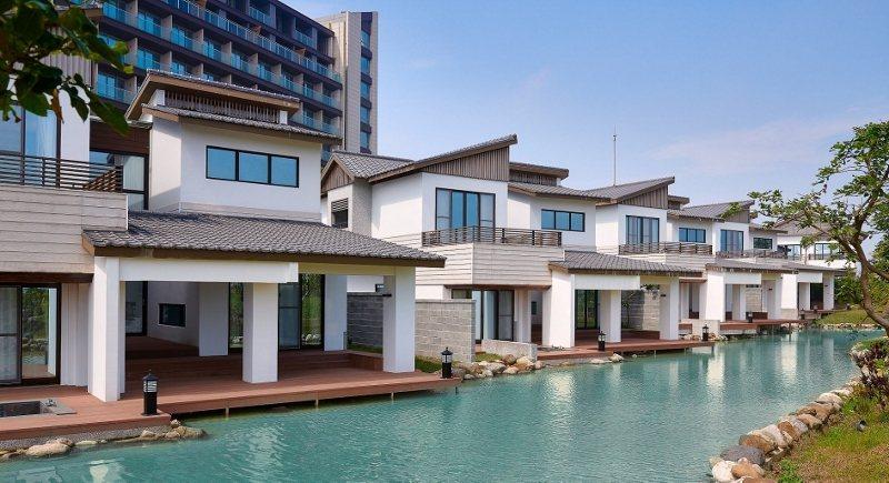 綠舞「豪華湖畔Villa」,讓住客輕鬆欣賞日式庭園美景之美。  綠舞/提供