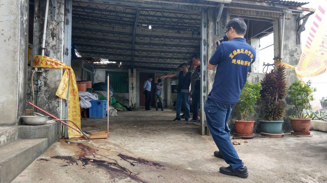 檢察官及軍方人員今天到場會勘証實,這是口徑2.75吋的火箭彈,今年元月也曾經被漁...