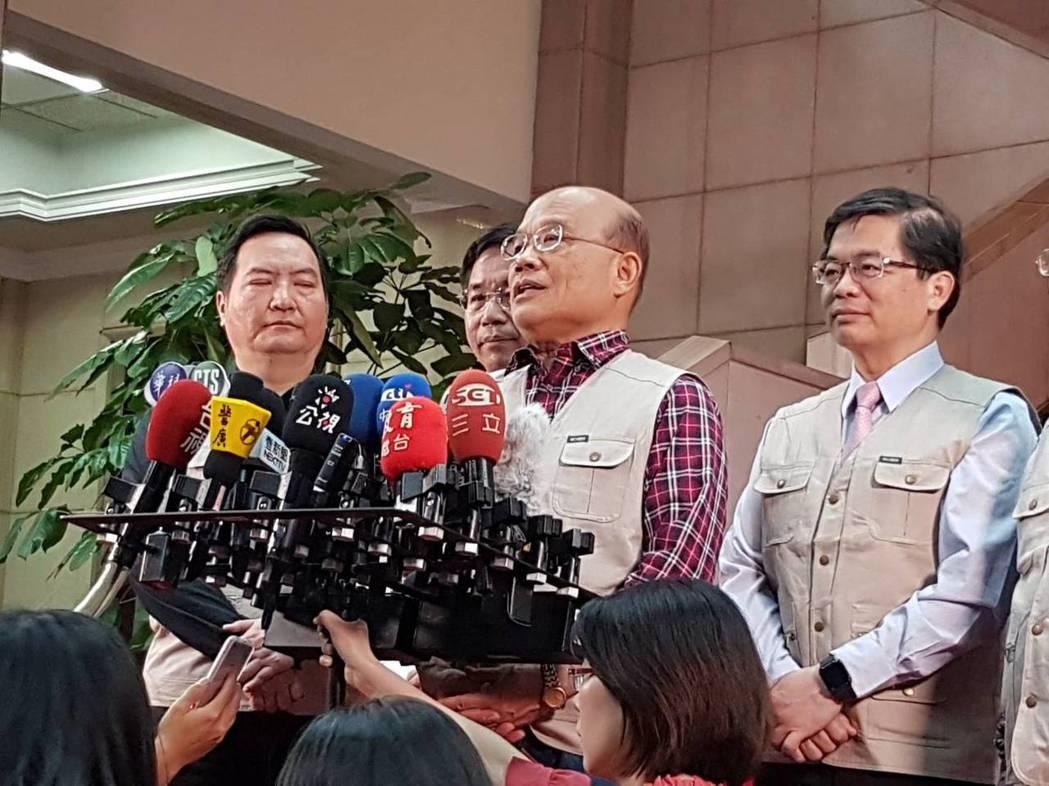 行政院長蘇貞昌今天酸韓國瑜講話隨興,到哪裡喊到哪裡,一下說高雄市民要達五百萬人口...