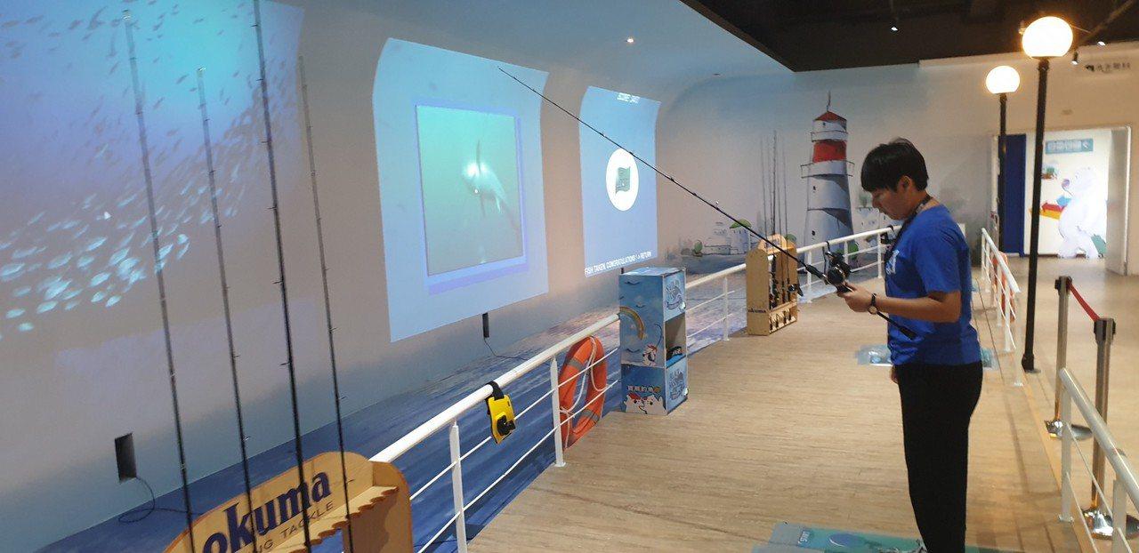 全球首創釣具觀光工廠寶熊漁樂碼頭今天開幕,有釣魚體驗區。記者游振昇/攝影