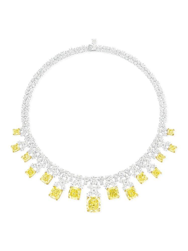 海瑞溫斯頓雷蒂恩形切工黃鑽鑽滴項鍊,總重約94.98克拉,售價約台幣7,290萬...