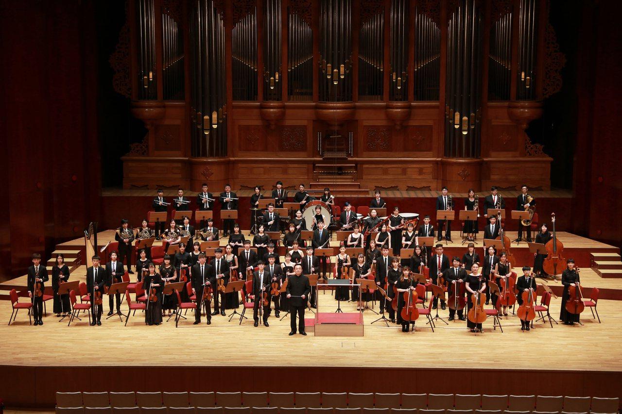 實踐大學音樂學系今年邁入創系第50年,為慶祝50歲生日,今年特別於國家音樂廳展演...